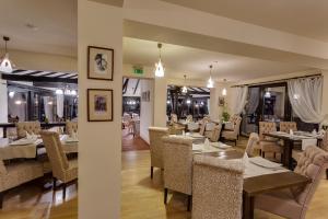 Casa Din Bran - Inn Cuisine, Guest houses  Bran - big - 23