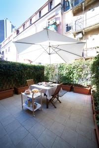 B&B Terrazza Baires - in the heart of Milan - AbcAlberghi.com