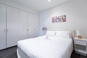 Robyn CBD Apartments