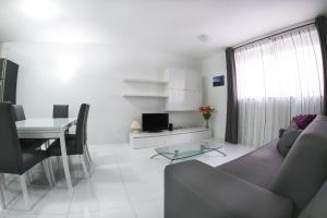Prime Location Studio Apartment