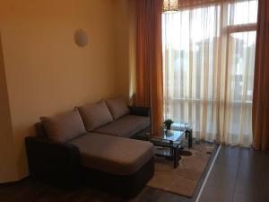 Ela Apartments