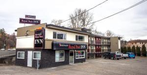 obrázek - Okanagan Royal Park Inn by Elevate Rooms