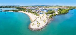 . Azuri Resort by Life in Blue