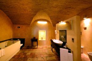 Castello Di Semivicoli (10 of 49)