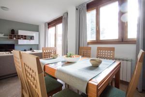 Apartamentos Villablino Arturo Soria, Апартаменты  Мадрид - big - 7