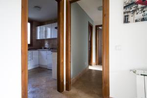 Apartamentos Villablino Arturo Soria, Апартаменты  Мадрид - big - 18