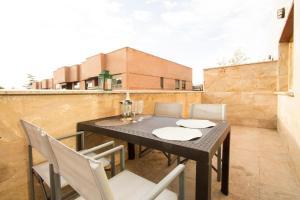 Apartamentos Villablino Arturo Soria, Апартаменты  Мадрид - big - 8