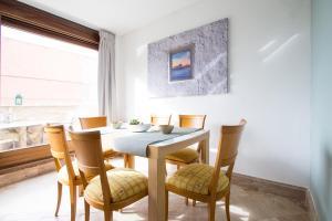 Apartamentos Villablino Arturo Soria, Апартаменты  Мадрид - big - 6