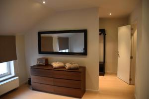 Duplex Appartment Bruges Centre, Апартаменты  Брюгге - big - 11