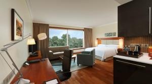 Hilton Bangalore Embassy GolfLinks (6 of 56)