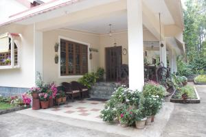 Room in a homestay in Kushalnagar, Kodagu, by GuestHouser 16925