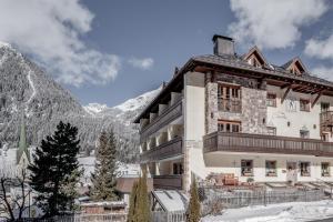 Hotel Garni Caroline - Ischgl