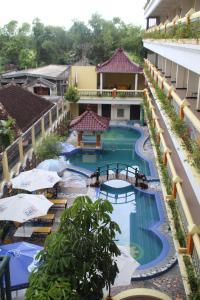 Mega Bintang Sweet Hotel - Cepu