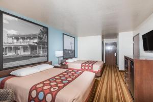 Super 8 by Wyndham Claremore OK, Motels  Claremore - big - 22