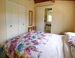 Kowhai Close Accommodation, Guest houses  Oneroa - big - 35