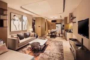 Hilton Jinan South Hotel & Residences, Hotely  Ťi-nan - big - 16