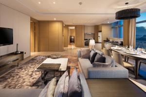 Hilton Jinan South Hotel & Residences, Hotely  Ťi-nan - big - 28