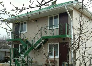 Guest House Galaxy - Tavrovo