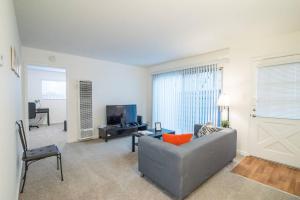 4321#2 · Clean, Luxe & Spacious 1B1B Biz/Intern Travel, Apartmány  Mountain View - big - 19