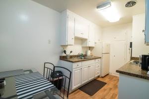 4321#2 · Clean, Luxe & Spacious 1B1B Biz/Intern Travel, Apartmány  Mountain View - big - 29