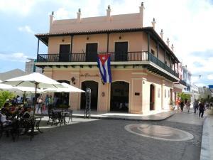 Hotel E Camino de Hierro