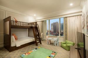 The Venetian Macao Resort Hotel (32 of 53)