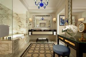 The Venetian Macao Resort Hotel (23 of 53)