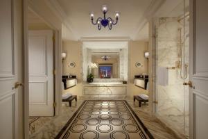 The Venetian Macao Resort Hotel (35 of 41)