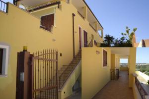 Appartamento con 2 Camere da Letto e Balcone