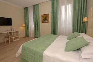 Hotel du Lac (24 of 75)