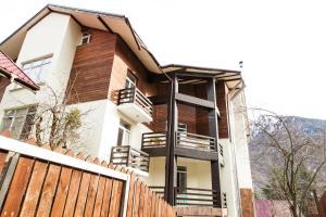 Family Apartment Zima Leto - Krasnaya Polyana