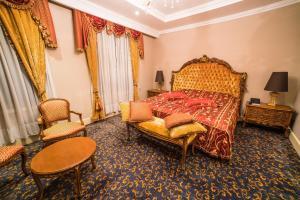 Intourist Batumi Hotel, Hotels  Batumi - big - 89