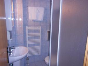 Rooms Zebax, Guest houses  Sarajevo - big - 36