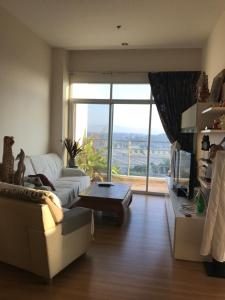 Touch Hill place condo - Chang puak