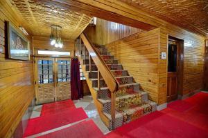 Hotel Affarwat, Hotel  Gulmarg - big - 23