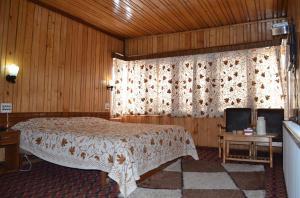 Hotel Affarwat, Hotel  Gulmarg - big - 18