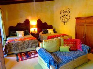 Cissus Hotel Boutique - Antigua Guatemala