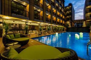 GLOW Ao Nang Krabi, Hotel  Ao Nang Beach - big - 1