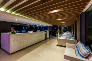GLOW Ao Nang Krabi, Hotel  Ao Nang Beach - big - 38