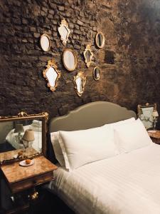 L'8 Boutique Design Apartments - AbcAlberghi.com