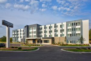 Courtyard by Marriott Appleton Riverfront - Hotel - Appleton
