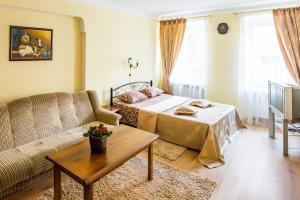 Apartment Krakivska 15