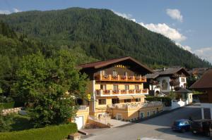Hotel Garni Tannenhof - Flachau