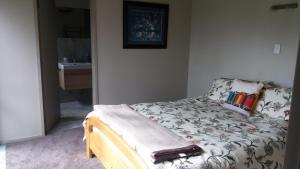 Accommodation in Manakau