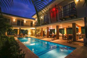 Fitos House, Montezuma