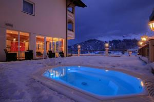 Alpen-Herz Romantik & Spa - Adults Only, Hotely  Ladis - big - 88