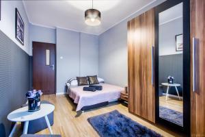 ClickTheFlat Tamka Street Apart Rooms
