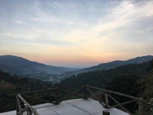 Monmek - Samoeng