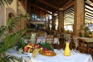 Camping Bella Italia, Комплексы для отдыха с коттеджами/бунгало  Пескьера-дель-Гарда - big - 56