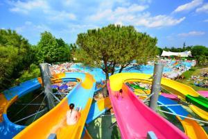 Camping Bella Italia, Dovolenkové parky  Peschiera del Garda - big - 53